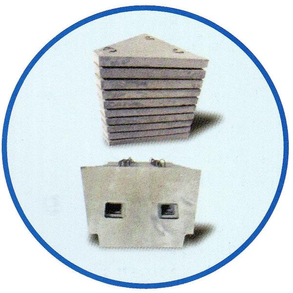 Flow stabilizer/slag retaining wall/impact plate